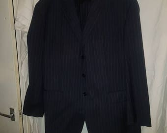 Mens navy austin reed  pin stripe suit size 48R Jkt & 38R Trousers