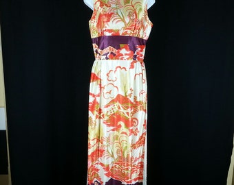 Vintage Cheongsam style dress with slit to waist