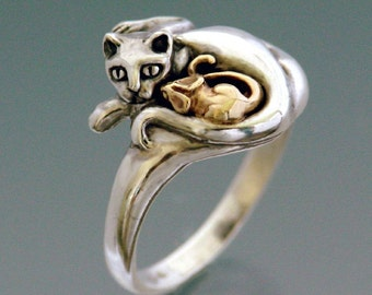Cat Ring ~ Cat and Mouse Ring ~ Bi-Metal Sterling Cat with 14k Mouse