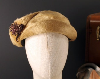 Vintage Ken Blair Original Melusine Tan Felt Fur Ladies Hat With Beaded Accents