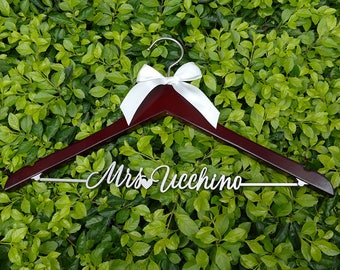 Wedding Dress Hanger, Personalized Wedding Hanger, Bridal Hanger, Wedding Photography, Bridal Shower Gift, Engagement Party, VTP0015