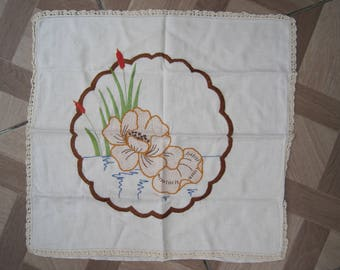 Vintage embroidered Irish Linen Pillow Cover, Cushion cover,