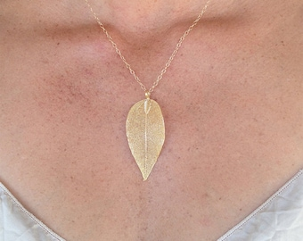 Small Gold or Silver Leaf Pendant Necklace, Leaf Necklace, Gold Leaf, Silver Leaf, Leaf Pendant