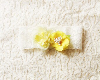 Wedding Garter Bridal Garter Belt - Yellow Flower Garter - Rustic Garter Boho Bridal Floral Garter Belt - Wedding Floral Garter Prom Garter