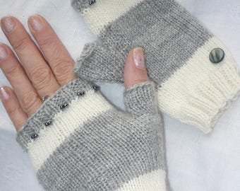 Grey and ecru mittens for women