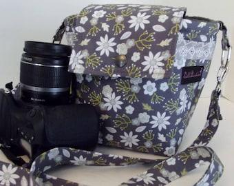 Dollbirdies Original Large DSLR Camera Bag, Camera Case, Camera Tote, Ladies Camera Bag