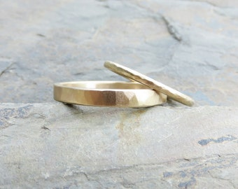 Hammered Matching Wedding Band Set in Solid 14k Yellow or Rose Gold - 1.6mm Round and 3mm Flat Bands - Choose Polished or Matte Finish