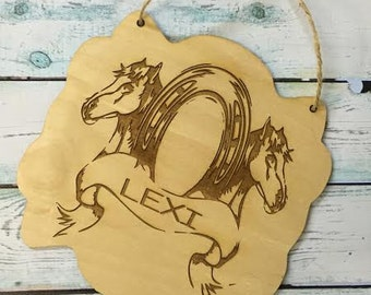 Custom Horse Hanging Plaque/Stable Sign/Horse Stable/Personalized Horse Sign