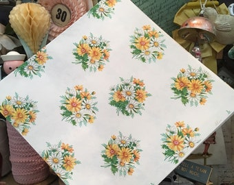 This Daisy Bouquet Won't Need Water Vintage Wrapping Paper