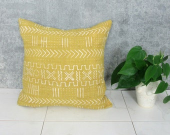 Mustard Yellow Mudcloth Pillow Cover / Decorative Throw Cushion African Bogolanfini Dogon Global Textile Boho Home Decor Yellow Mud Cloth