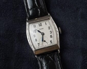 TUDOR Tonneau Rectangle 1940s Art Deco Vintage Watch Hand Winding