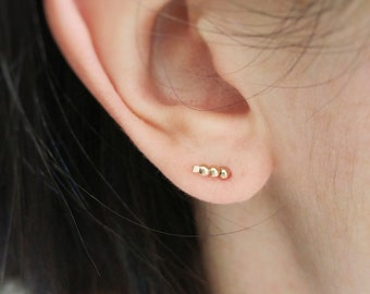 Rose Gold Ear Climber, Hammered Ear Pin, Ear Crawler Earring, Beaded ear climber, rose gold bead ear climber, rose gold ear crawler