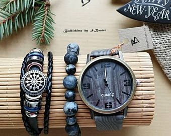 Watches with a wood-print