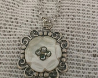 Button Pendant, Vintage Button Necklace, Mother of Pearl Button Jewelry, Unique Necklace, Upcycled Necklace, Silver Pendant, Sewers Jewelry
