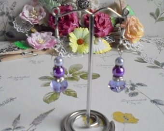 Lilac dangling crystal earrings. Lilac bling earrings. Glass pearl and Czech crystal dangling earrings for pierced ears.
