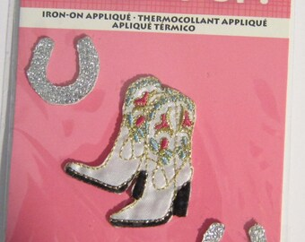 Embroidered COWGIRL BOOTS & Horseshoes Iron-on/Sew on Patch Badge Applique 3 pieces in pkg DIY