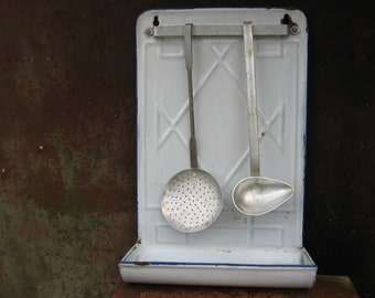 French White Enamel Utensil Drainer. 1930s / 40s metal hanging storage with ladle & slotted spoon. Kitchen or bathroom country shappy chic