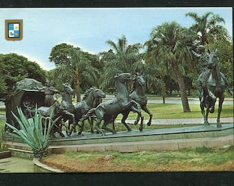 Uruguay Themed Vintage Postcards  / 1 Unused Postcard Uruguay South America/Monument The Stage Coach