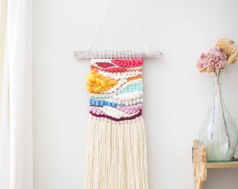The Dragonfly wall hanging \\ Weave \\ MTO \ woven wall hanging \ tapestry \ rainbow baby decor \ rainbow nursery decor \ handwoven wall art