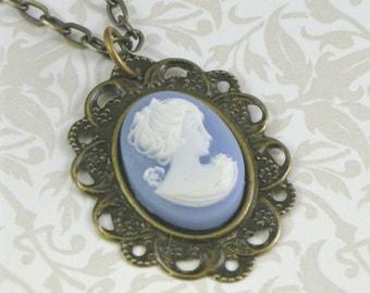 Collier camée Vintage-Style - bleu