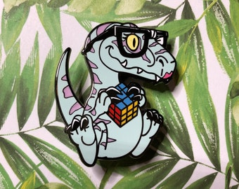 Clever girl (pastel) pin