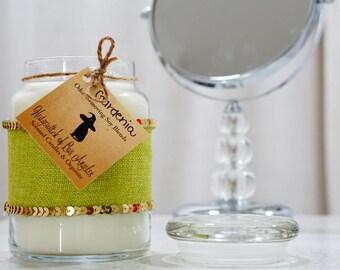 Gardenia 23 Ounce Glass Candle