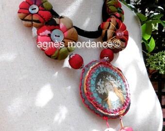 """Textile necklace, unique, """"Sarah Bernhardt"""""""