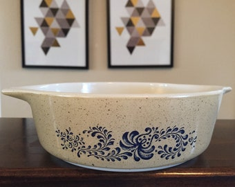 Beautiful Vintage Pyrex Homestead Baking Dish Casserole No Lid 500ml #471-B brown and blue flowers mid century modern