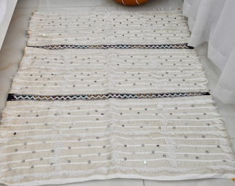 Handira Moroccan Blanklet off white with colorful embroidered and metal sequins