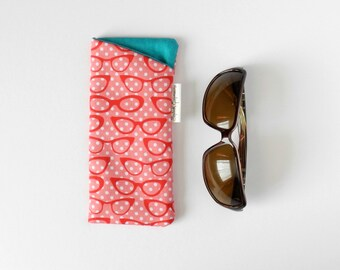 Cute Glasses Pouch, Eyeglasses Case, Fabric Eyeglass Case, Glasses Holder, Padded Eyeglasses, Soft Glasses Holder, Sunglasses Holder, cateye