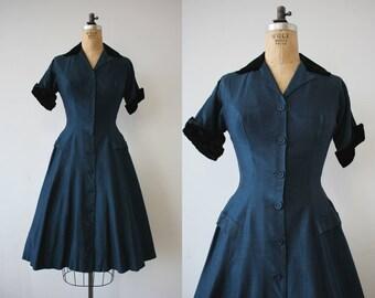 vintage 1950s dress / 50s party dress / 50s navy blue dress / 50s velvet trim dress / 50s holiday dress / 50s full skirt dress / small