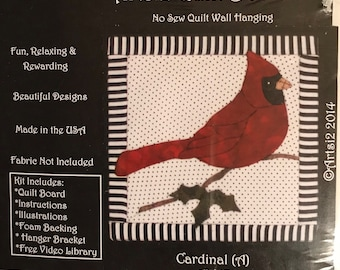 "Artsi2 Quilt Board - No Sew 6"" x 6"" Quilt Wall picture of a male cardinal."