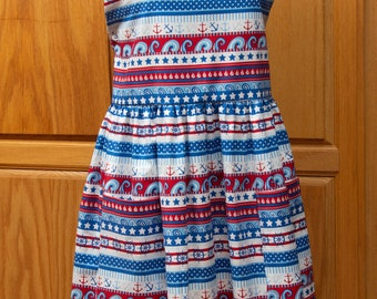 Ladies Full Apron in Patriotic Colors - Red, White and Blue with a Seaside Theme              Free Shipping