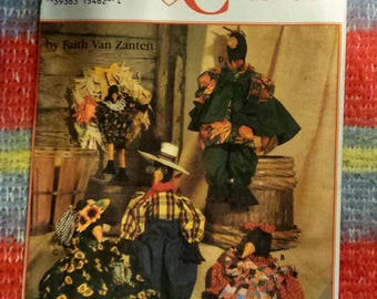 Simplicity Crafts Pattern # 9010 CROW, CLOTHING and WREATH  dated 1994