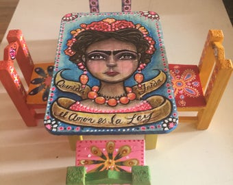 "Frida Kahlo, mexican art dollhouse wood table and chairs set, handpainted 6""x8"""
