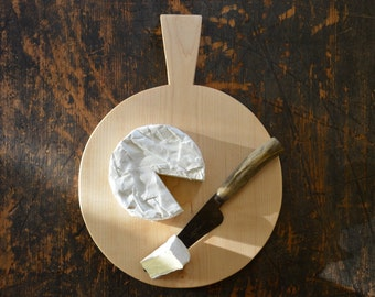 Round maple cutting or serving board for cheese, bread, fruit or charcuterie - great gift for a gourmet