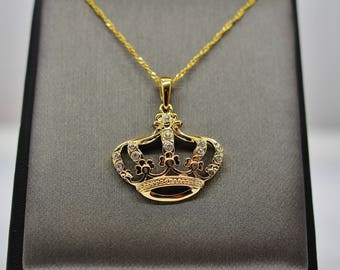 Sterling Silver Gold Queen's Crown Pendant Necklace