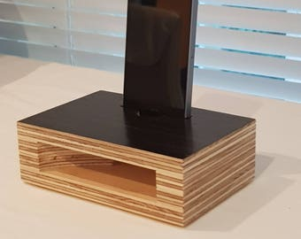 iPhone/Samsung stand & amplifier