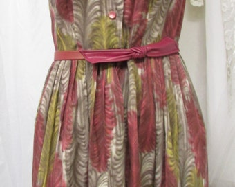 Vintage 1960's Day Dress Shirtwaist Sleeveless Martha Moore Label Cotton and Dacron Polyester Blend Maroon & Green Feather Pattern