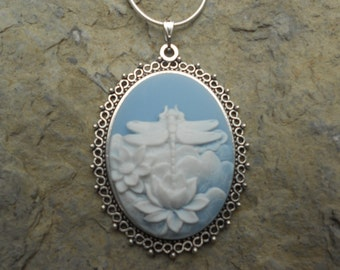 """Stunning Dragonfly (on a sky blue background) Cameo Pendant Necklace---.925 plated 22"""" Chain--- Great Quality"""