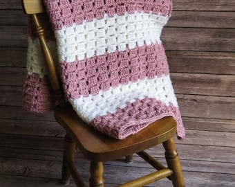 Vintage-Inspired Dusty Rose & White Baby Afghan