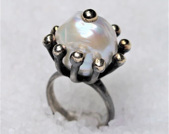 Crown rustic ring, oxidized silver, melted gold, freshwater baroque pearl