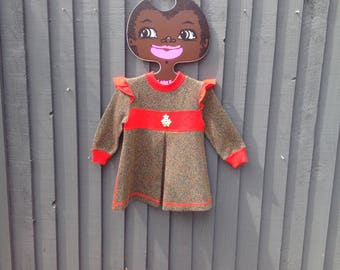 1970s vintage girls A-line winter dress 1 - 2 years red & green w daisy detail