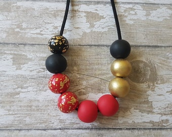 Red statement necklace, Chunky necklace red and gold jewelry, Christmas gift for mom, Red and black necklace, Beaded necklace red and black