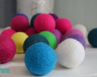 Bulk felt balls, large felt balls, 4 cm felt balls, wool ball pom pom, wool craft supplies, wholesale felt balls, handmade felt balls