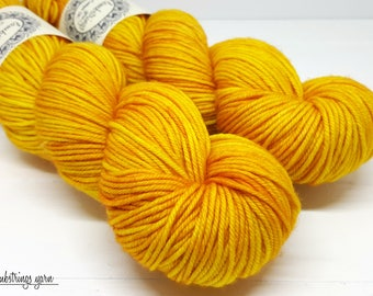 Ewetopia DK, Hand dyed yarn, Superwash Merino Wool, 231 yds/ 100g: Honeycomb.