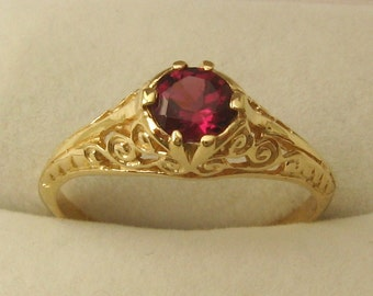 Genuine SOLID 9ct YELLOW GOLD Vintage Design Natural Rhodolite Garnet Ring