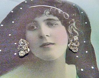 Vintage Rhinestone Clip Earrings - V-EAR-600 - Rhinestone Earrings - Clip Rhinestone Earrings