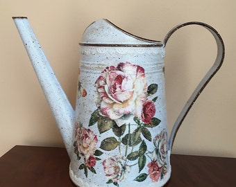 Metal Watering Can, Vintage Water Can, Watering Can Vintage, Garden Can - ROSES ON BLUE