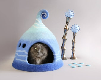 Cat cave, Cat bed, Cat house, Pet bed, Felted cat house, Cat lover, Eco friendly